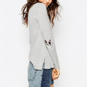 Grey sweater with dogie embroidered sleeves