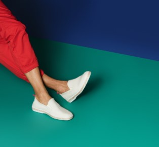 Arrels Spring Summer Lookbook by Hey Studio Menstyle