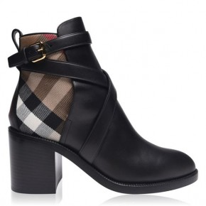 BURBERRY PRYLE BOOTS IN BLACK