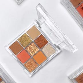 Y3NOLOGY Fashion Face Awards Vegan Judges Eyeshadow Palette Orange Crash