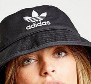 Bucket hat is back in 2019 summer
