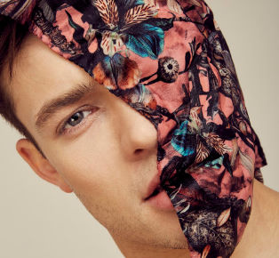 How to choose the Lightweight mens scarves 2018