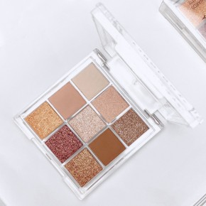 Y3NOLOGY Fashion Face Awards Vegan Judges Eyeshadow Palette Sunset Breeze