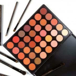 Y3NOLOGY Fashion Face Awards Vegan Judges 35 Colours Eyeshadow palette Sunset